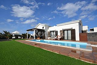 Luxury Villa with swiming pool electric heated Lanzarote