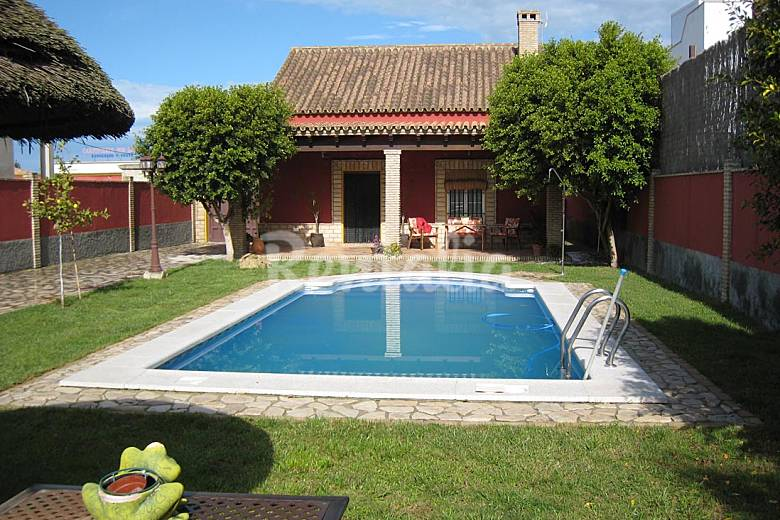 casa de campo con piscina privada sanl car de barrameda