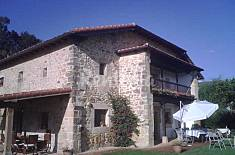 House for 12-14 people 10 km from the beach Cantabria