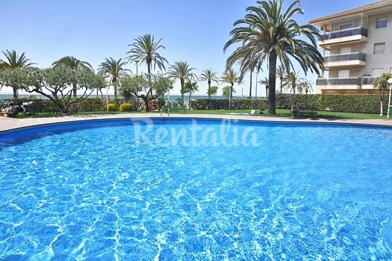 Apartamentos en cambrils playa a 100 m piscina cambrils for Piscina cambrils