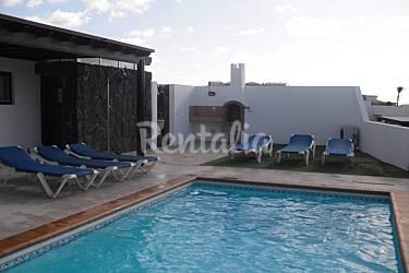 Villa per 4 6 persone a 150 m dal mare playa blanca - Piscina laghetto playa prezzo ...