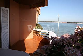 Apartment for 4-9 people only 25 meters from the beach Cádiz