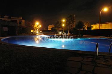 Apartamento con jardin a 500m playa miami playa mont for Apartamentos jardin playa larga tarragona