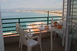 2 Apartamentos a 50 m de la playa. Para 2-4 ó 4-6 personas Tarragona