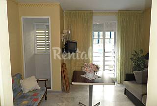 Apartment for 2 people only 50 meters from the beach Granada
