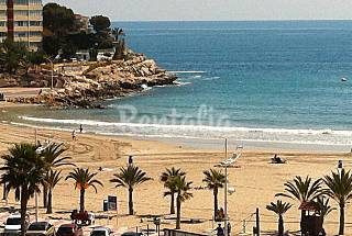 17 Apartments for 4-6 people only 30 meters from the beach Alicante