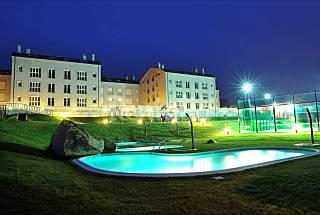 Appartement pour 4 personnes avec piscine Lugo