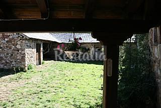 Maison de 3 chambres avec jardin privé León