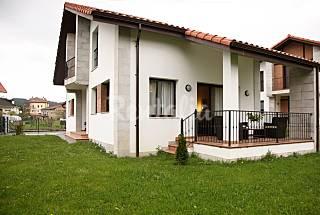 2 Villas zur Vermeitung mit privatem Garten Cantabria
