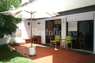 200 meters from the beach with a private garden! Lisbon
