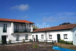 3 Houses 2 km from the beach Cantabria