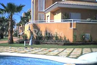 2 bedroom, next to the golf course and the beach Valencia