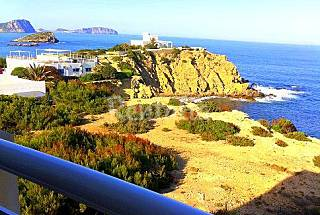 Luxurious apartment located a few 30m from the sea Ibiza