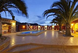 Finca para 8-12 personas a 10 km de la playa Alicante