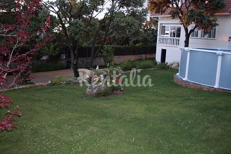 Casa en alquiler con piscina los angeles de san rafael for Alquiler de casas vacacionales con piscina