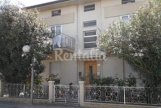 Apartment with 3 bedrooms only 500 meters from the beach Rimini