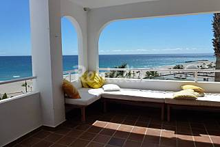 Beachfront Apartment  6 people with swimming pool Almería
