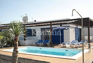Villa for 4 people only 900 meters from the beach Lanzarote