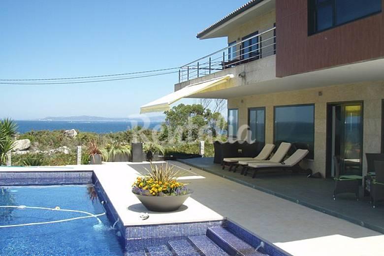 Chalet de lujo con maravillosas vistas al mar baredo - Chalet de lujo en madrid ...