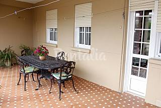 Apartment with 3 bedrooms only 500 meters from the beach Pontevedra