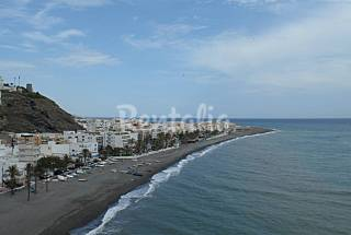 Apartment with 5 bedrooms only 50 meters from the beach Granada