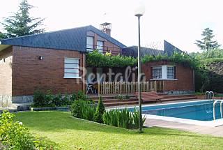 Chalet independiente con piscina y jardín Madrid