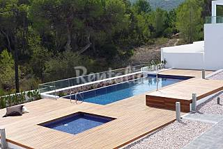 Modern 3bedroomed house on very quiet location. Ibiza