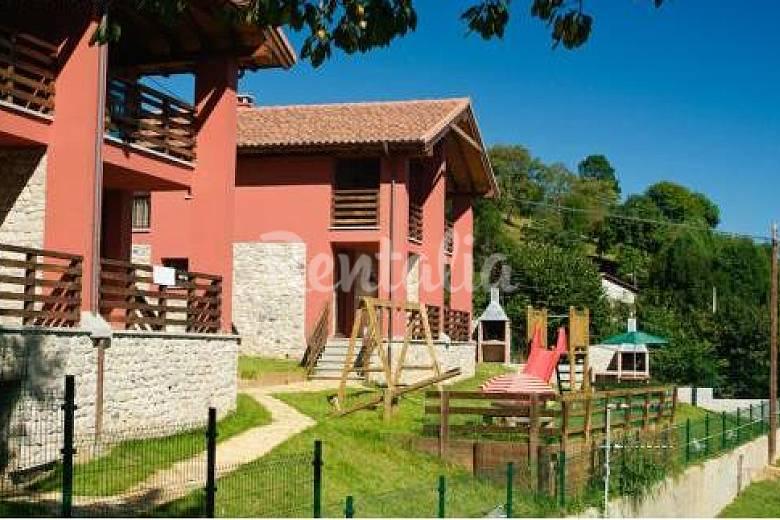 4 Exterior del aloj. Asturias Cangas de Onís Casa en entorno rural