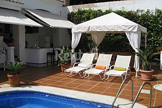 Villa for 10 people on the beach front line Granada