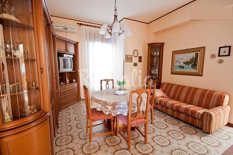 Silvy House - Spazio, Eleganza e Comfort - Castellammare ...
