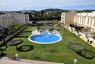 Apartamento con amplía zona comunitaria y piscina Tarragona