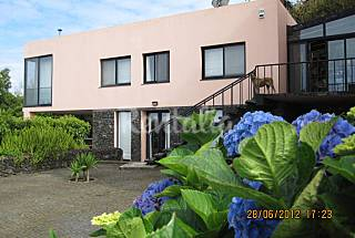 House with 2 bedrooms 5 km from the beach São Miguel Island