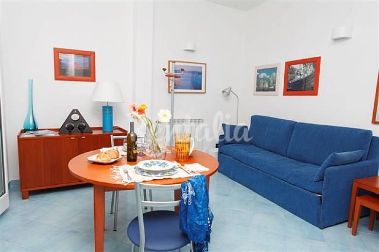 10 appartamenti in affitto a 300 m dal mare trapani