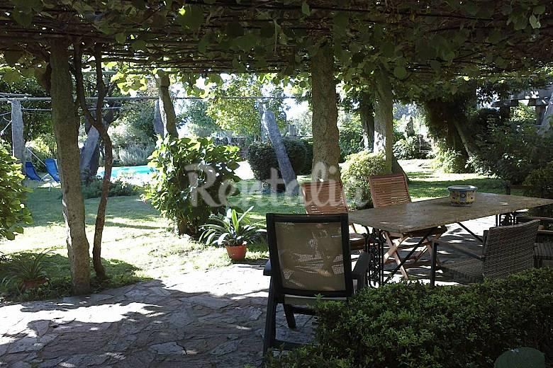 Casa de piedra con piscina y 4 habitaciones portosin - Lucia la piedra piscina ...