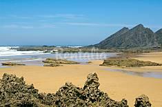 Surf a 10min - Aljezur,bonita casa zona histórica Algarve-Faro