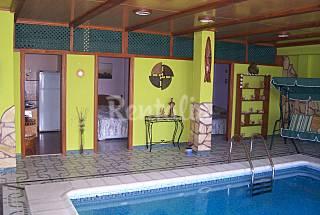Delfin Azul piscina privada climatizada cubierta  Gran Canaria