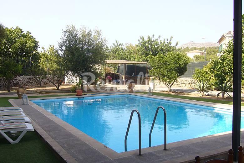 villa con piscina en centro p alcudia wifi port d