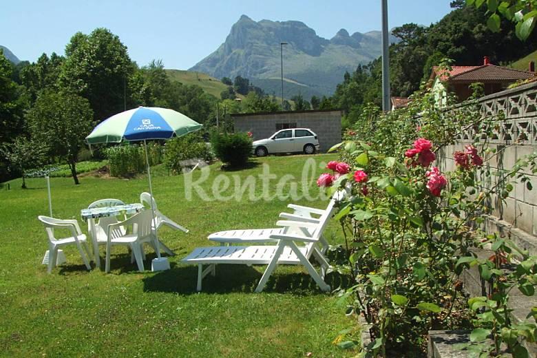 Apartamento en casa con jardin a 20 km laredo ramales for Casa jardin cantabria