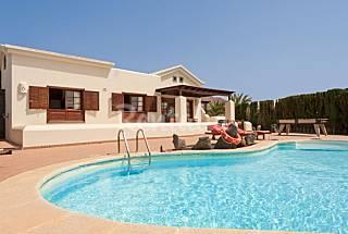 Villa con piscina privada de 2 dormitorios Lanzarote