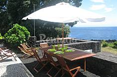 House for 4-6 people only 1000 meters from the beach Pico Island