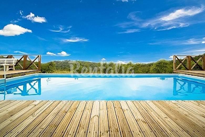 Casa en alquiler con piscina civitella in val di chiana for Alquiler de casas con piscina