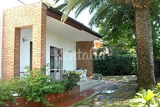 Villetta 2 stanze+salone a 2 km dal mare Roma