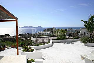Apartments only 150 meters from the beach Latina