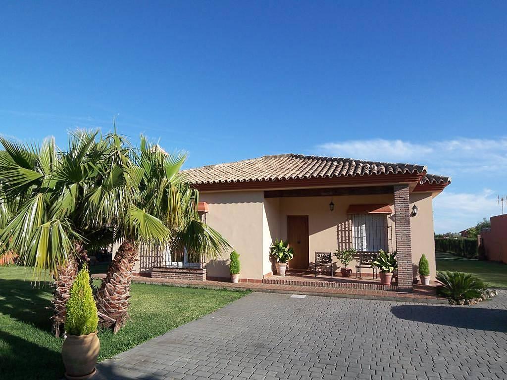 Casa de lujo para 8 10 personas con piscina conil de la for Casas con piscina jerez de la frontera