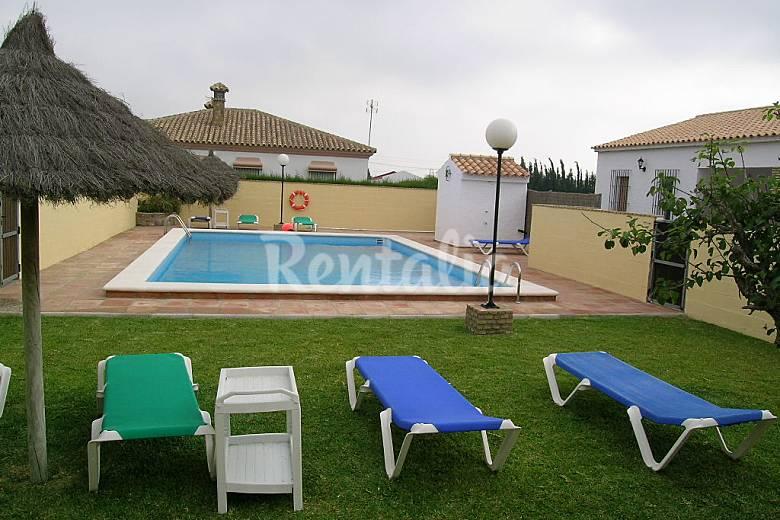 5 casas marin para 4 pers con pisc conil for Casas con piscina jerez de la frontera