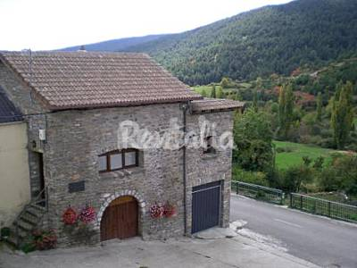 House for rent near Formigal Huesca