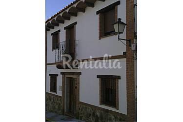 Casa Exterior del aloj. Badajoz Aljucén Casa en entorno rural