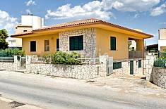 Villa with 3 bedrooms only 30 meters from the beach Ragusa