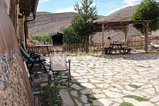 Casa Rural -- Dividida en Apartamentos Teruel