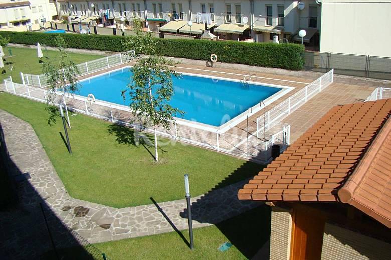 Apartamento con wifi piscina garaje y terraza haro for Camping en la rioja con piscina